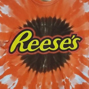 REESE'S WOMENS TEE SIZE XL
